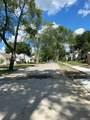 1699 Cambridge Ave - Photo 3