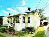 910 Seymour Ave - Photo 1