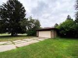 441 Meade Dr - Photo 3
