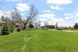 7916 Ortonville - Photo 4