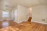 2390 Jeanne St - Photo 4