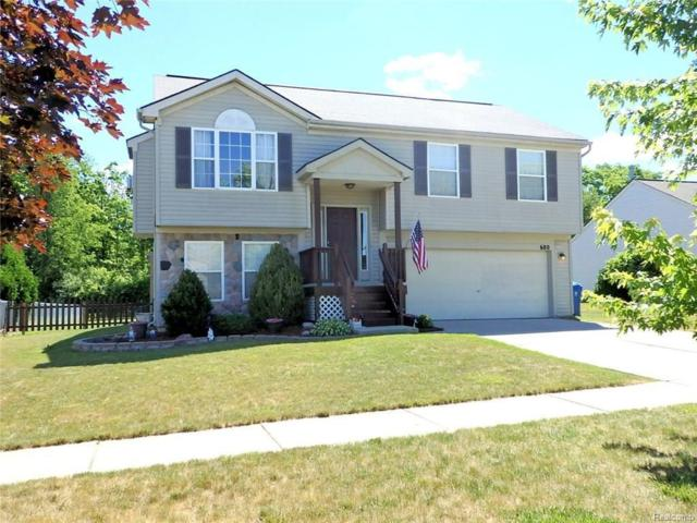 680 Andover Woods Dr, Fenton, MI 48430 (MLS #217053571) :: The John Wentworth Group