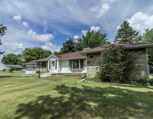 701 Silver Lake Rd, Linden, MI 48451 (MLS #30069243) :: The John Wentworth Group