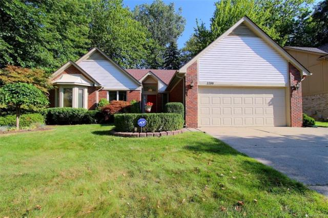 2299 Sweet Dr, Troy, MI 48085 (MLS #217073970) :: The Peardon Team