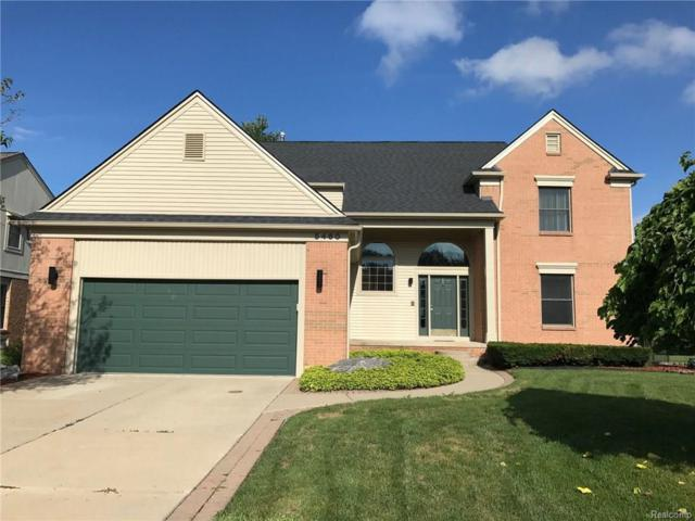 5460 Marina Dr, Troy, MI 48085 (MLS #217074221) :: The Peardon Team