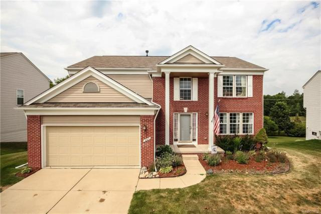 280 Valley Stream Dr, Holly, MI 48442 (MLS #217074420) :: The John Wentworth Group