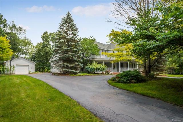 10952 Erindale Crt, Holly, MI 48442 (MLS #218003805) :: The John Wentworth Group