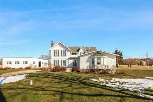5359 Faussett Rd, Howell, MI 48855 (MLS #218022530) :: The John Wentworth Group