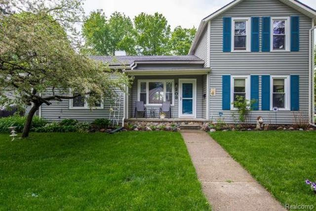 203 Gay St, Howell, MI 48843 (MLS #218046052) :: The John Wentworth Group