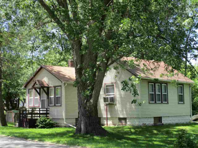 4916 Page Ave, Michigan Center, MI 49254 (MLS #201802147) :: The John Wentworth Group