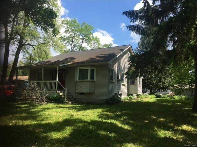 4690 Starmer Dr, Holly, MI 48442 (MLS #218056005) :: The John Wentworth Group