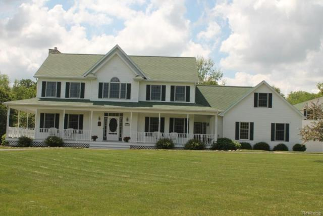 4183 Rolling Acres Dr, Hartland, MI 48353 (MLS #218072155) :: The John Wentworth Group