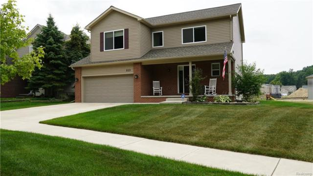 113 Valley Stream Dr, Holly, MI 48442 (MLS #218073309) :: The John Wentworth Group