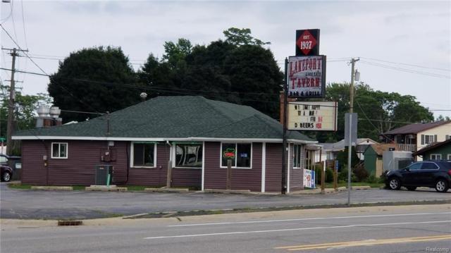 7140 Lakeshore Rd, Fort Gratiot, MI 48059 (MLS #218088314) :: The Tom Lipinski Team at Keller Williams Lakeside Market Center