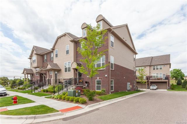 2617 Helmsdale Cir Unit#62-Bldg#17, Rochester Hills, MI 48307 (MLS #218097643) :: The John Wentworth Group