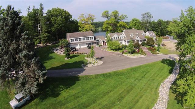 8065 Milford Rd, Holly, MI 48442 (MLS #219014009) :: The John Wentworth Group