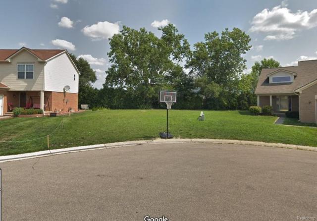 17 Morross Cir, Dearborn, MI 48126 (MLS #219017237) :: The Tom Lipinski Team at Keller Williams Lakeside Market Center