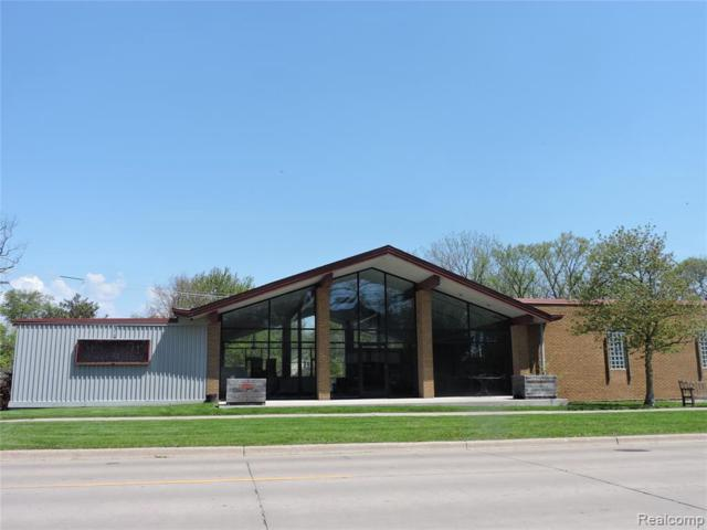 7560 Macomb, Grosse Ile, MI 48138 (MLS #219044508) :: The Tom Lipinski Team at Keller Williams Lakeside Market Center