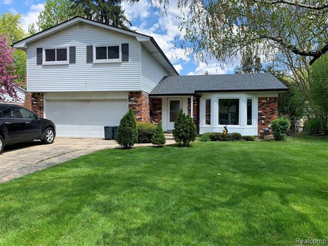 28272 Fontana Dr, Southfield, MI 48076 (MLS #219046472) :: The Tom Lipinski Team at Keller Williams Lakeside Market Center