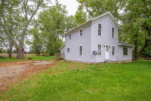 5374 E Chicago Rd, Jonesville, MI 49250 (MLS #201901693) :: The Tom Lipinski Team at Keller Williams Lakeside Market Center