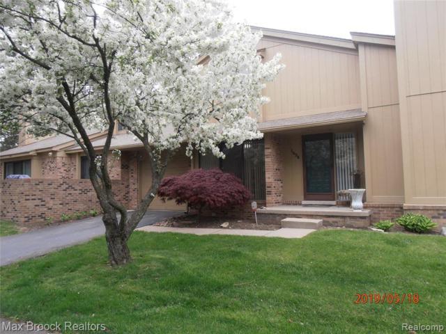 1624 S Hill Cir, Bloomfield Hills, MI 48304 (MLS #219046348) :: The Tom Lipinski Team at Keller Williams Lakeside Market Center