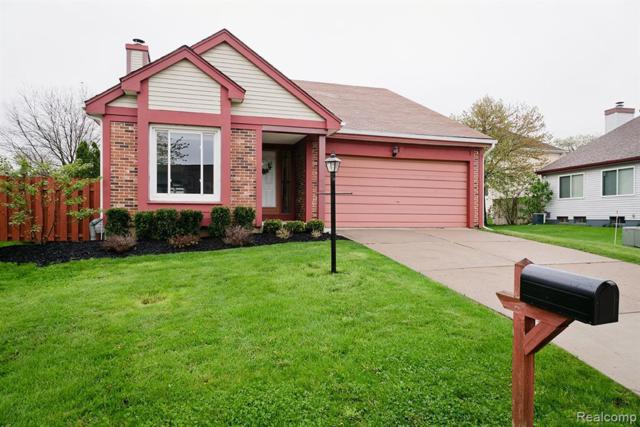 1628 Stonecrest Dr, Rochester Hills, MI 48307 (MLS #219047123) :: The Tom Lipinski Team at Keller Williams Lakeside Market Center