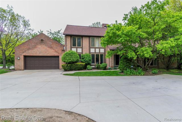 5121 Woodview Crt, Dearborn, MI 48126 (MLS #219047747) :: The Tom Lipinski Team at Keller Williams Lakeside Market Center