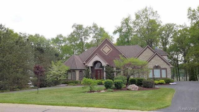 3489 Lakewood Shores Dr, Howell, MI 48843 (MLS #219057058) :: The John Wentworth Group
