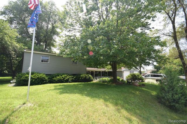 925 Grant St, Fenton, MI 48430 (MLS #219066722) :: The Tom Lipinski Team at Keller Williams Lakeside Market Center