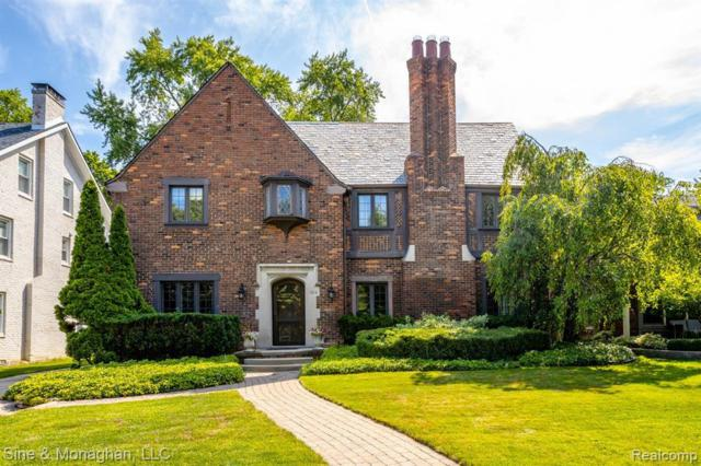 594 Rivard Blvd, Grosse Pointe, MI 48230 (MLS #219070151) :: The Tom Lipinski Team at Keller Williams Lakeside Market Center
