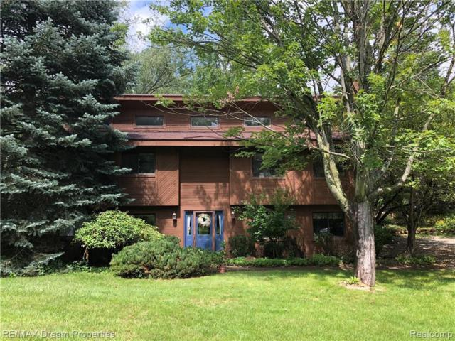 1951 Harvey Lake Rd, Highland, MI 48356 (MLS #219070847) :: The Tom Lipinski Team at Keller Williams Lakeside Market Center