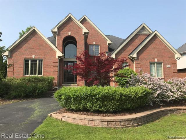 7398 Carlyle Crossing, West Bloomfield, MI 48322 (MLS #219071443) :: The John Wentworth Group