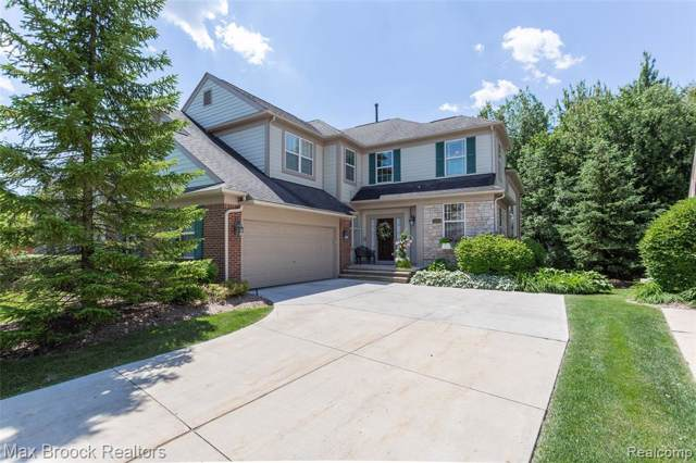 2429 Winding Brook Crt, Rochester Hills, MI 48309 (MLS #219082995) :: The Tom Lipinski Team at Keller Williams Lakeside Market Center