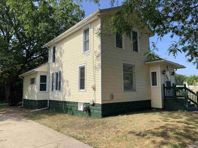 705 Oakhill Ave, Jackson, MI 49201 (MLS #201902991) :: The John Wentworth Group