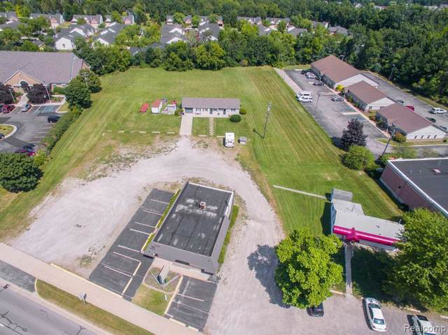 3429 Grand River Ave, Howell, MI 48843 (MLS #219084634) :: The John Wentworth Group