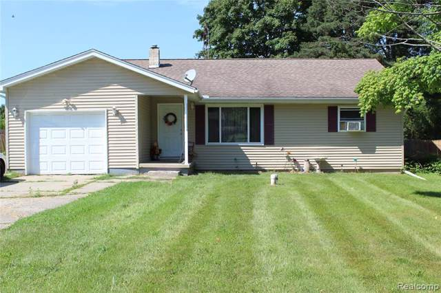 1121 E Schumacher St, Burton, MI 48529 (MLS #219084580) :: The Tom Lipinski Team at Keller Williams Lakeside Market Center