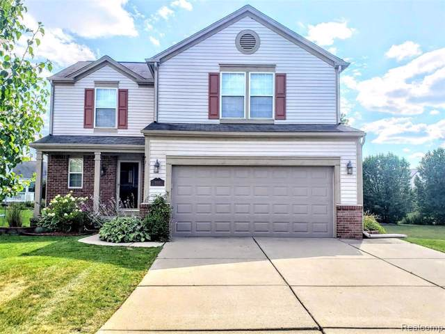 10232 Meadow Crest Crt, Holly, MI 48442 (MLS #219085023) :: The John Wentworth Group