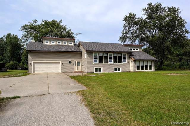 9240 James Richard Dr, Goodrich, MI 48438 (MLS #219085267) :: The John Wentworth Group