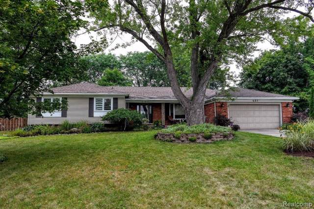 431 Graff Crt, Grand Blanc, MI 48439 (MLS #219086804) :: The John Wentworth Group