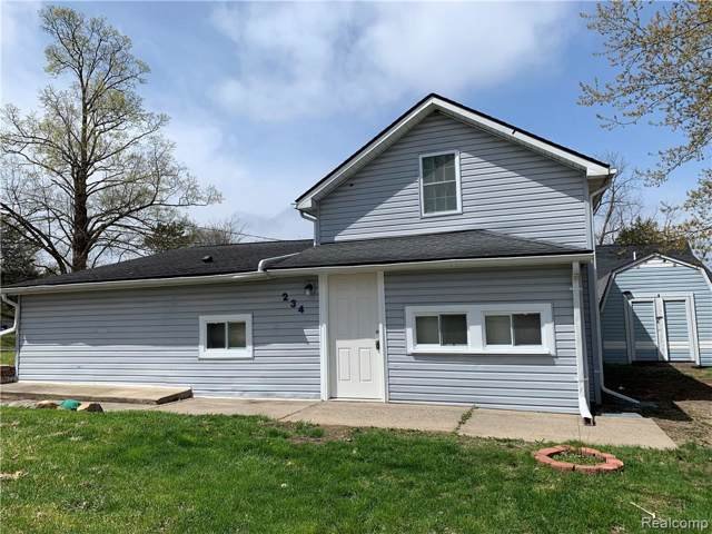 234 S. National, Howell, MI 48843 (MLS #219086920) :: The John Wentworth Group