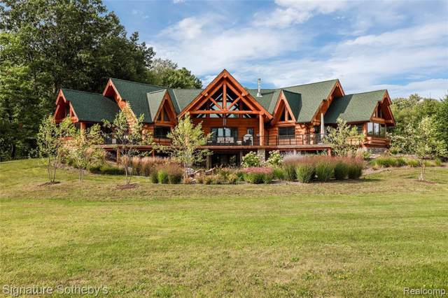 3929 Timber Green Crt, Howell, MI 48843 (MLS #219105558) :: The John Wentworth Group