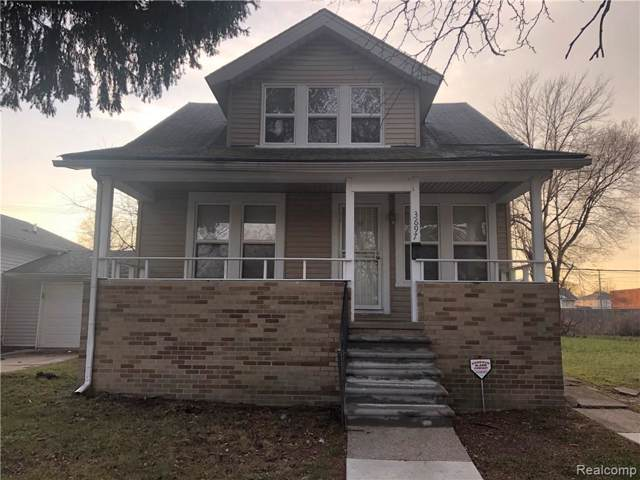 3697 Lakepointe St, Detroit, MI 48224 (MLS #219105836) :: The John Wentworth Group