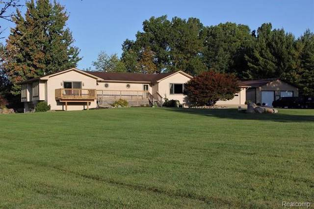 3154 Ray Rd, Holly, MI 48442 (MLS #219105848) :: The John Wentworth Group