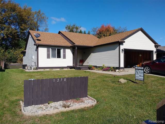 1270 Edgebrook Dr, Howell, MI 48843 (MLS #219107128) :: The John Wentworth Group
