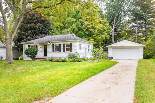 581 Bagley Ave, Ypsilanti, MI 48198 (MLS #3269637) :: The John Wentworth Group