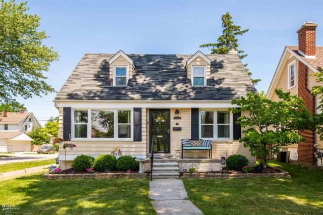 1470 Anita Avenue, Grosse Pointe Woods, MI 48236 (MLS #31350953) :: The Tom Lipinski Team at Keller Williams Lakeside Market Center