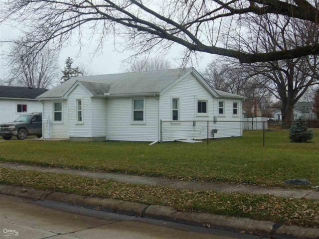 29145 Harding, Roseville, MI 48066 (MLS #31367244) :: The John Wentworth Group