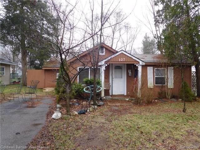 327 Glengary Rd, Wolverine Lake, MI 48390 (MLS #219117856) :: Kelder Real Estate Group