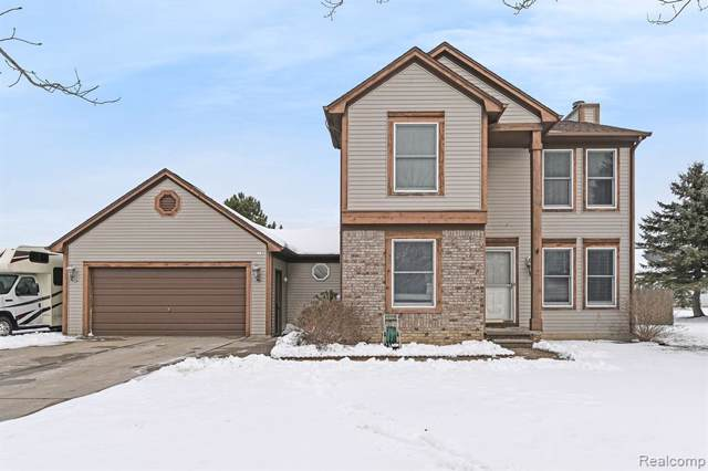 8051 Rose Ln, Goodrich, MI 48438 (MLS #2200005843) :: The John Wentworth Group