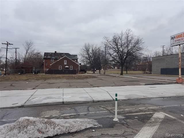 13131 E Warren Ave, Detroit, MI 48215 (MLS #2200008026) :: The BRAND Real Estate